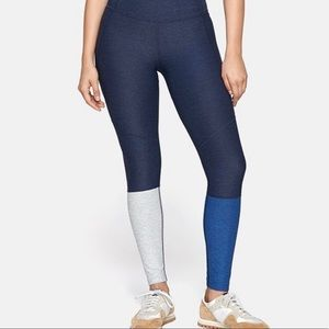 Outdoor voices navy and blue dip leggings